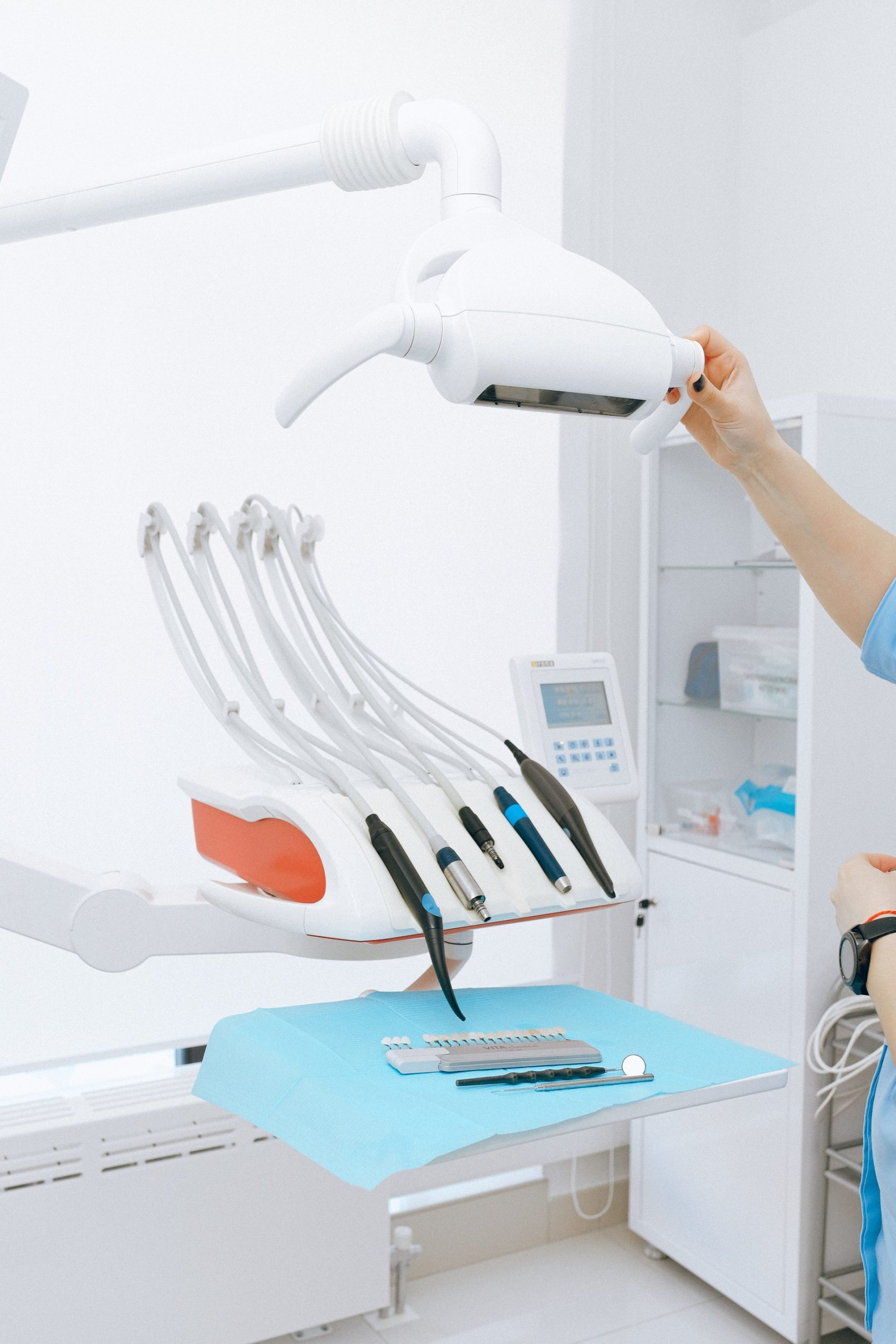 Implant Dentist | Dental Implants Ottawa | Endosteal Implant